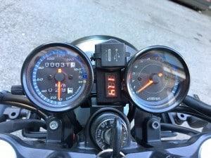 Kawasaki 750 Cockpit
