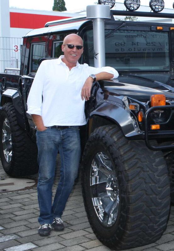 Hummer H1 Piero