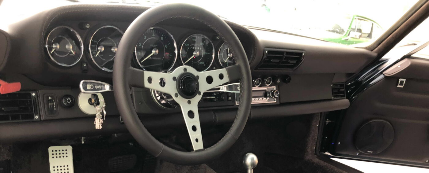 Porsche 964 Badass Cockpit