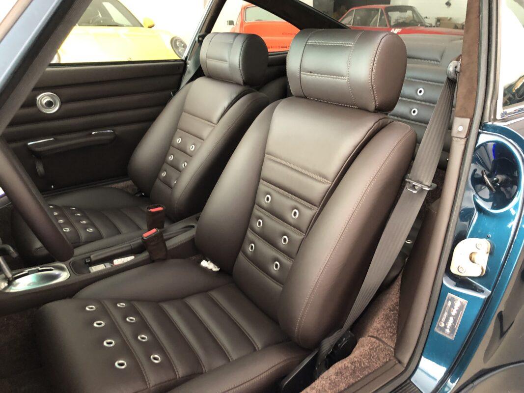 Porsche 964 Badass interior 1